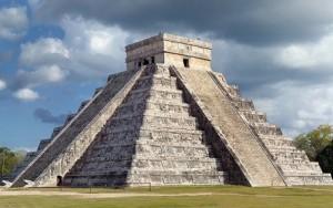 Mayan temple.  Image Credit: wikimedia
