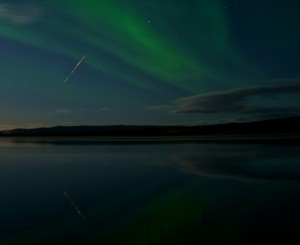 Draconid meteor in 2011.  Click here to expand image.  Copyright: Frank Martin Ingilæ. Used with permission.