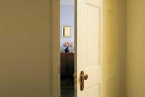 walking through doorways causes forgetting, study shows | human