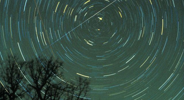 lyrids meteor shower photo 2013
