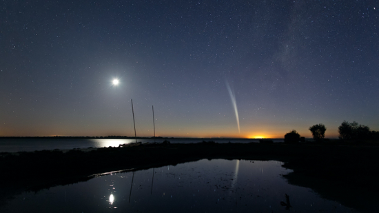 Comet Lovejoy, photographed by Colin Legg on December 22, 2011. Image credit: Colin Legg.
