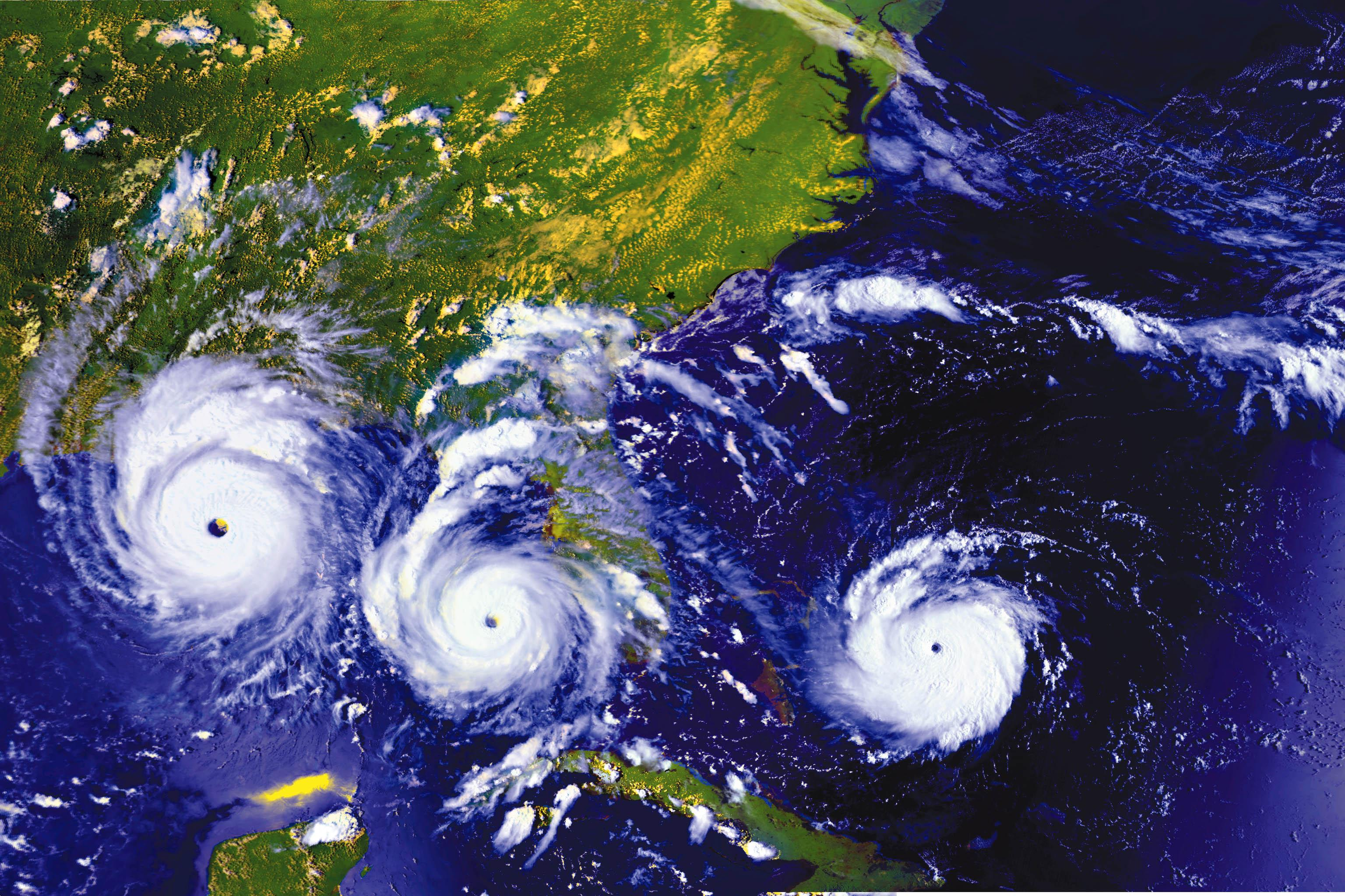 ... 25 August 1992 as the hurricane moves East to West. Image Credit: NASA