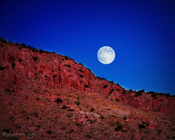 Everything you need to know: Harvest Moon 2013 Moon_harvest_9-29-2012_Little_Florida_Mtns_Dan_Gauss_Deming_NM-e1349002206341