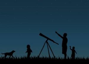 Stargazing is family fun.  Image via Shutterstock