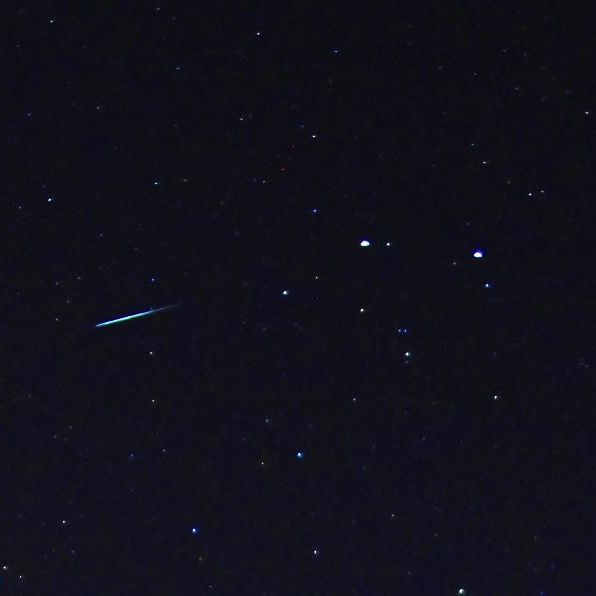 Meteor flying straight from Gemini's two brightest stars, Castor and Pollux, on night of December 12-13, 2012.  Photo by EarthSky Facebook friend Mike O'Neal in Oklahoma.  Thank you Mike!
