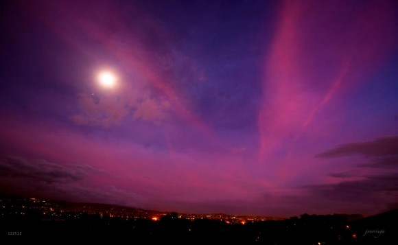 September 2013 guide to the five visible planets Moon_Jupiter_12-25-2012_Jv_Noriega_Manila-e1356434487194