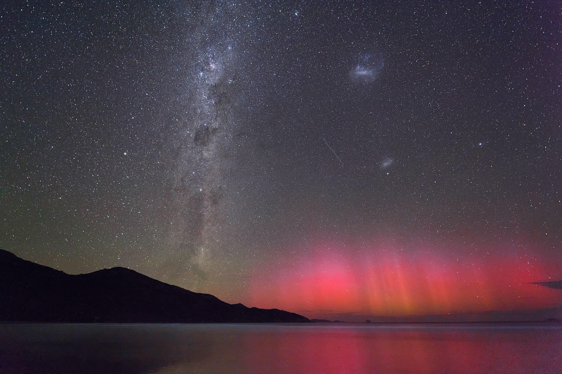 Rare photo of aurora australis - southern lights - and bioluminescence ...