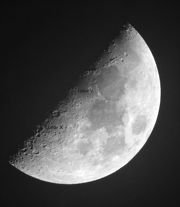 Half moon with Lunar X and Lunar V annotated.