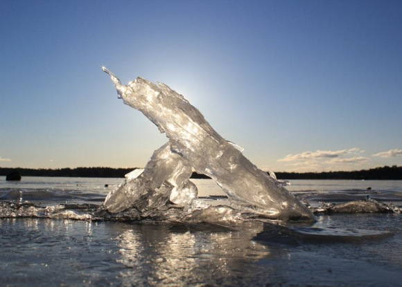 ice_on_rocks_0310.jpg