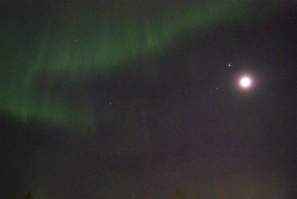 Birgit Boden in Sweden saw Jupiter near the moon last night (March 17), plus an aurora.  Awesome, Birgit!