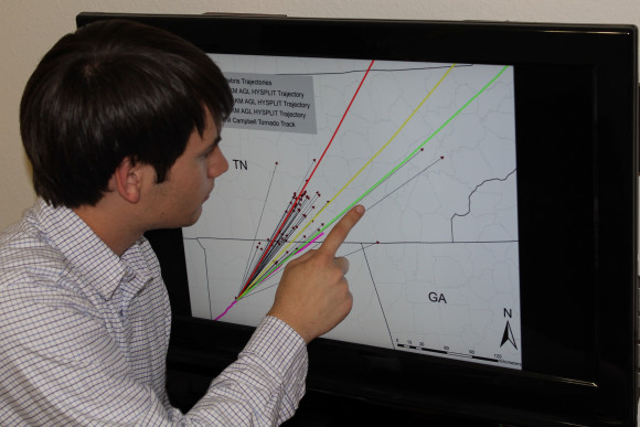 University of Georgia senior undergraduate Jared Rackley analyzing the trajectories. Image Credit: Knox et al.