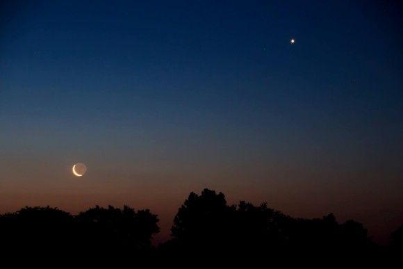 The moon and Venus over  North Carolina by Ken Christison.