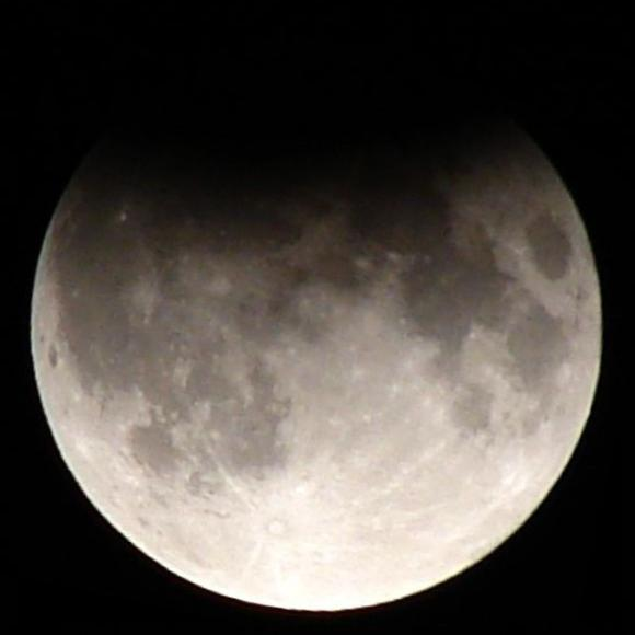 moon_eclipse_9-7-2006