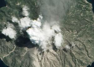volcano_Paluweh_3-31-2013-cp