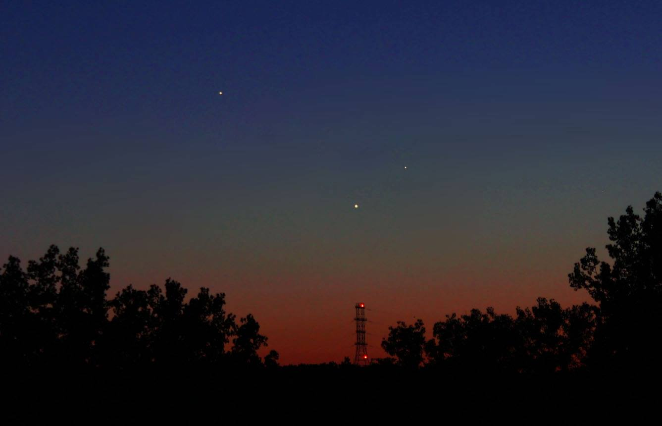 View larger.  |  From left to right, Jupiter, Venus and Mercury as seen last night, May 24.  EarthSky Facebook friend Duke Marsh captured this photo in Clarksville, Indiana.