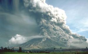 mayon-volcano-eruption-1984-newhall-500