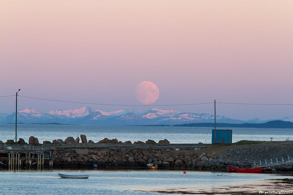 May 23 moon over northern Norway