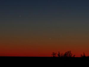 three planets in western evening twilight