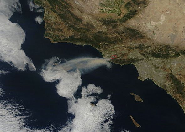 View from space: Animation shows smoke from California's Springs Fire