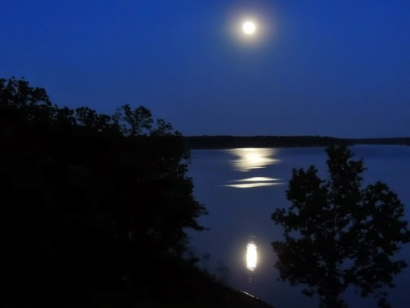 May 24 supermoon over Mississinewa Lake in Indiana from Regine Brindle.