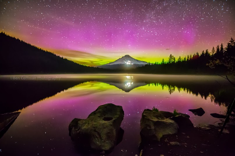 View larger. | Aurora over Mount Hood in Oregon as captured by Ben Coffman Photography during the night of May 31-June 1, 2013.