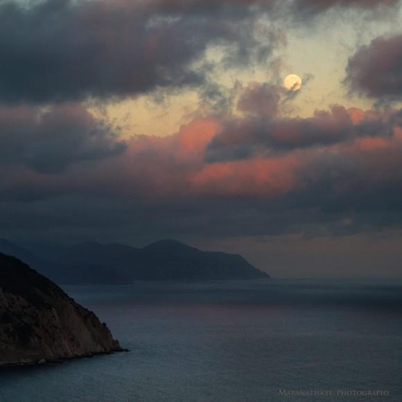 Super Moon (Waxing gibbous 96.7%) over Punta Manara, Sestri Levante Italy. Photo credit: Maranathi.it Photograpy