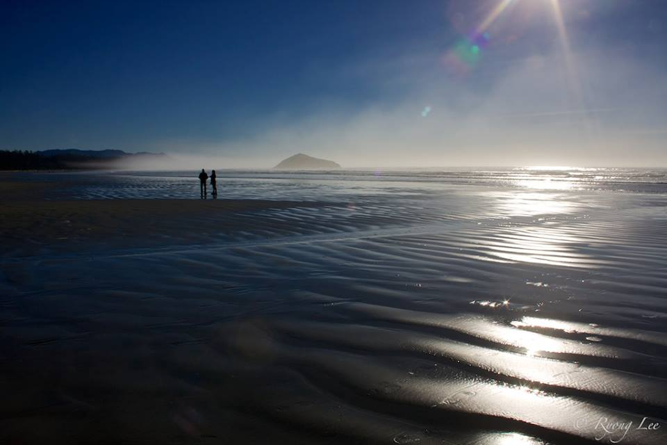 View larger.   Morning mist over the ocean, as seen in Tofino, British Columbia, Canada by EarthSky Facebook friend Ryong Lee.  Thank you, Ryong!