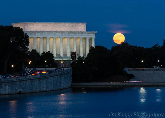 supermoon-lincoln-memorial-06-23-2013