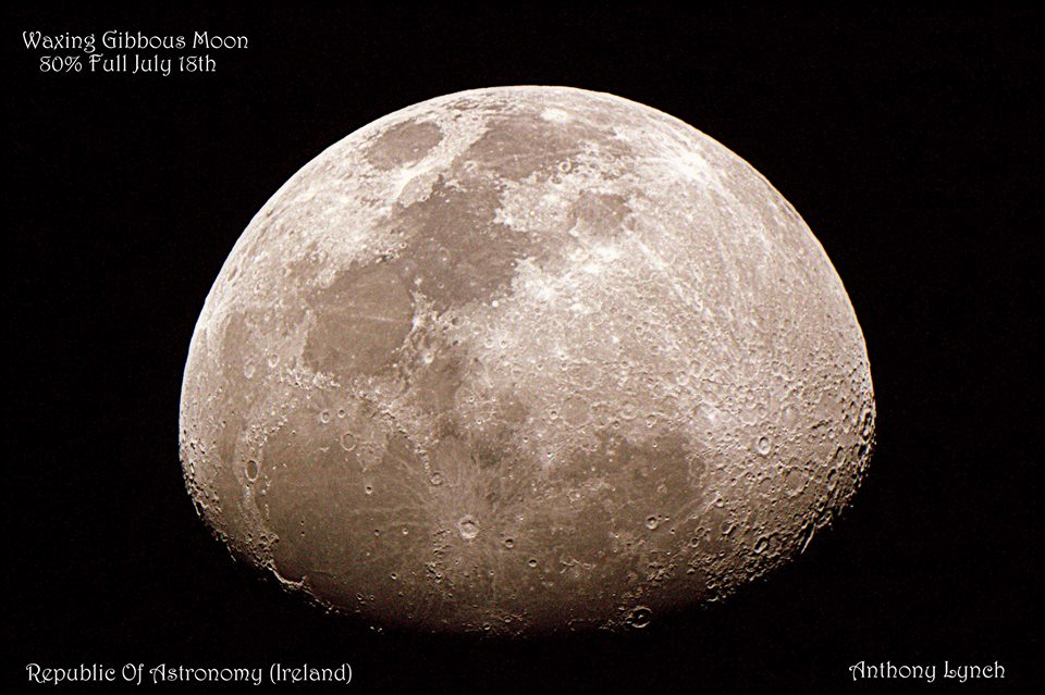Two great photos of last night's moon | Space | EarthSky