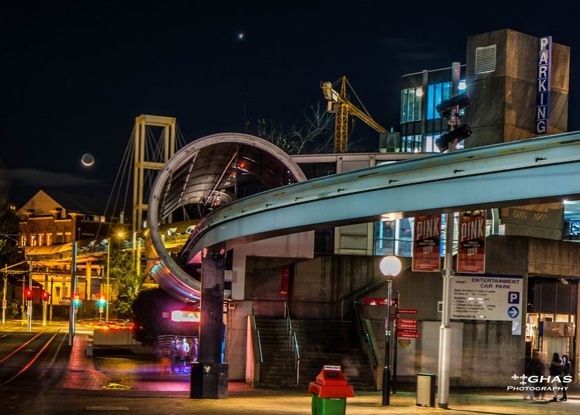 Moon-near-Venus-over-light-rail