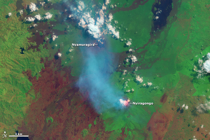 View from space: Nyamuragira and Nyiragongo volcanoes