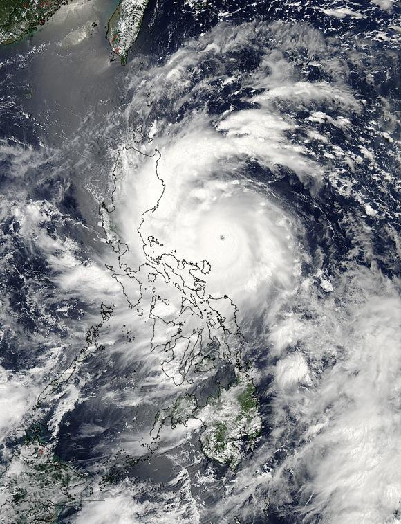 Super-typhoon-Utor-hp