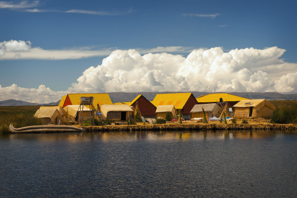 Uros Islands, Peruvian side of Lake Titicaca. A recent paper published in PLOS-1 suggests that ancestors of the Uros people settled near this lake 3,700 years ago. Photo for National Geographic by Eduardo Rubiano Moncada. Used with permission.