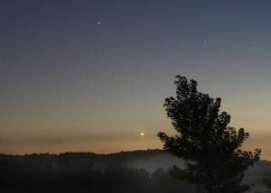 Venus-moon-Saturn-Sept-15-2013-Bob-King