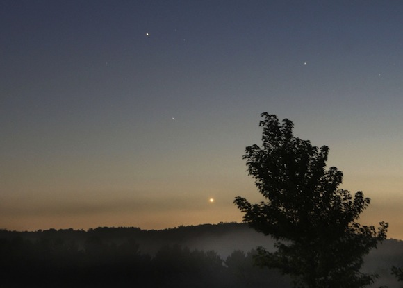 Venus-moon-Saturn-Sept-15-2013-Bob-King