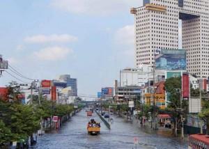 Bangkok flood November 2011 via Swiss Re