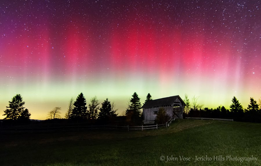 View larger. | October 8, 2013 aurora by John Vose of Jericho Hills Photography in Cabot, Vermont. Visit Jericho Hills Photography's website.