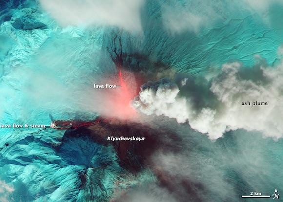 Heat from the lava flows at Klyuchevskaya