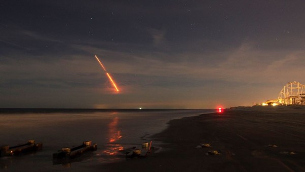 Sean McDermott captured the launch from North Wildwood, N.J. Thank you, Sean!