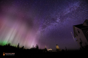 Northern lights, desaturated, by Mike Taylor Photography