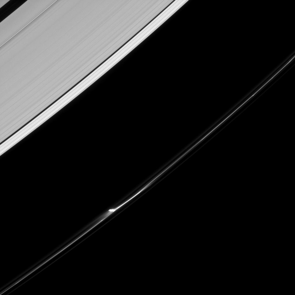 View larger. | Jet in Saturn's F ring.  Image via NASA/JPL-Caltech/Space Science Institute.