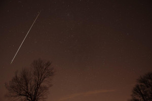 Geminid meteor in 2012 by Henry Shaw.