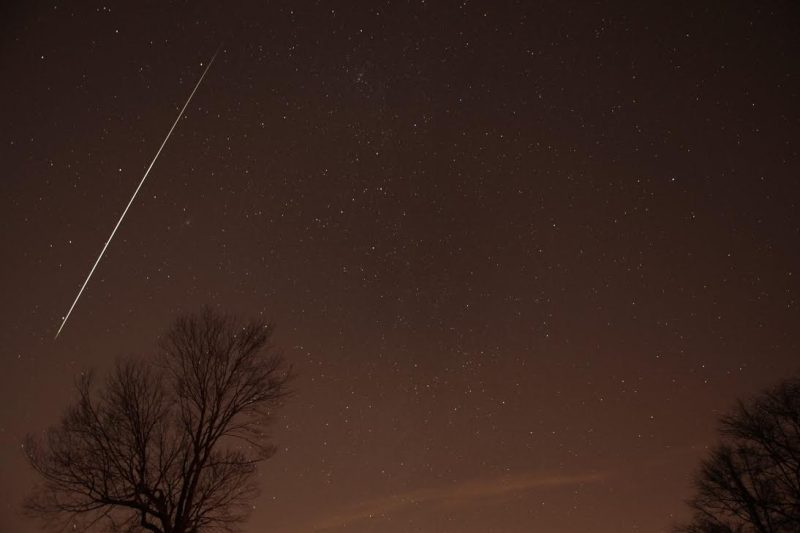 Geminid meteor 2012 via Henry Shaw/SummersMagic Photography.