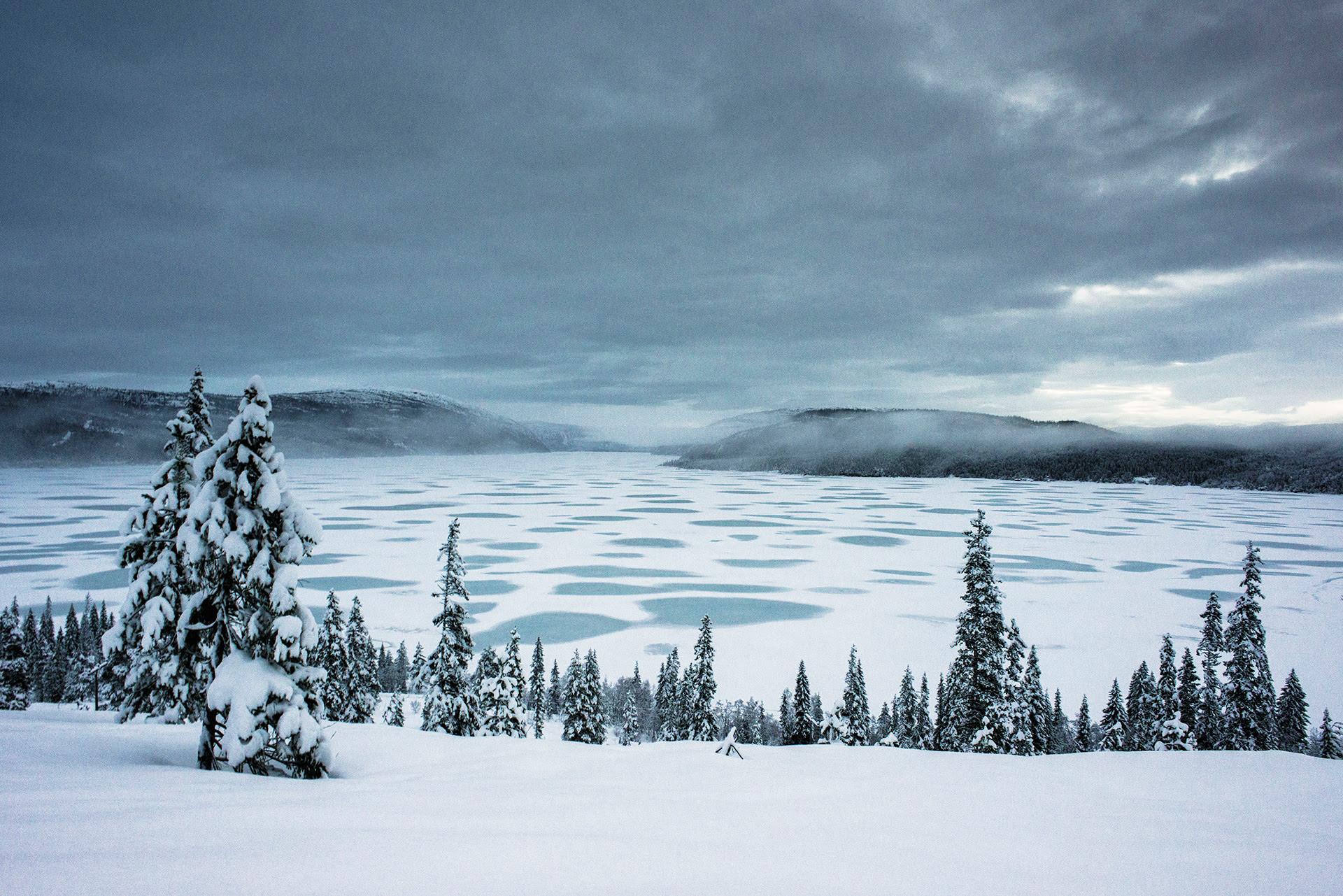 View larger.   Winter light image by Jan Inge Larsen in northern ...