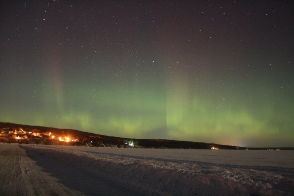 EarthSky Facebook friend Jim Peacock captured the northern lights last night, too, from farther north.  He was in northern Wisconsin.  Thank you, Jim!