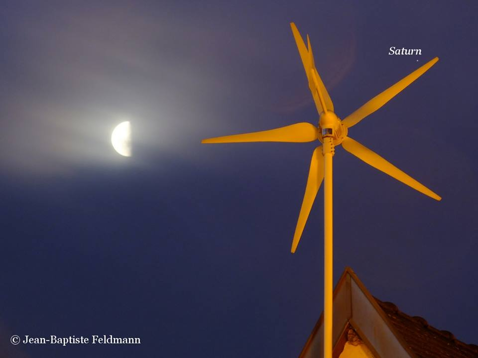 The moon and Saturn on Saturday, February 22, 2014, as captured by EarthSky Facebook friend Jean-Baptiste Feldmann in France.