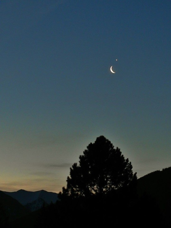 Venus and the moon on February 26 by Caroline Whittaker Zorweg in Austria.