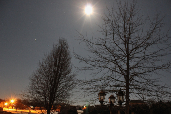 View larger Photo of the moon, Mars and Spica taken by Danny Crocker-Jensen. Thank you, Danny!