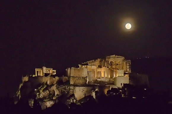 Nikolaos Pantazis: Today's full moon rising over the Acropolis of Athens, Greece