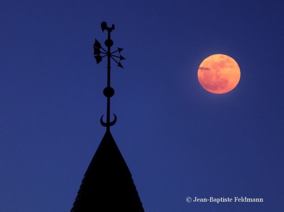 Jean-Baptiste Feldmann: Full moon on Sunday. 75th day of the year, the full moon occurred at 17:10, while our natural satellite was exactly 395635 km of us. This full moon of the month of March is also called full moon Raven or the Sap.